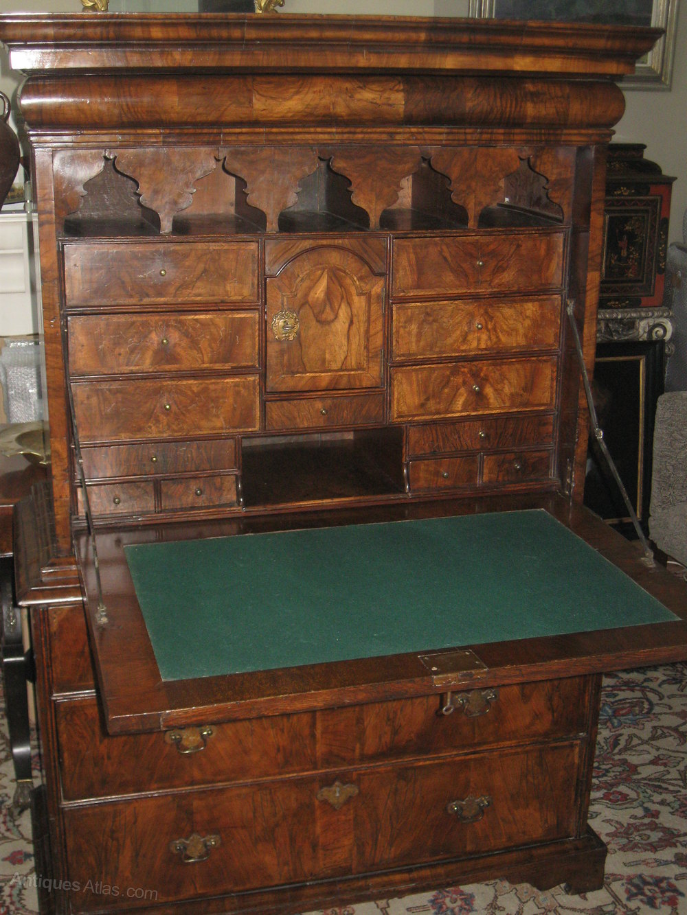 Early 18thc Marquetry Walnut Escritoire Antiques Atlas