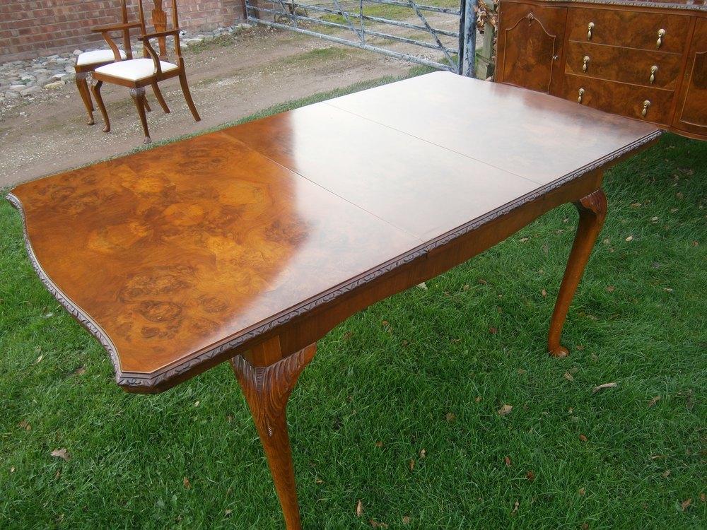 Burr Walnut Dinning Table Antiques Atlas