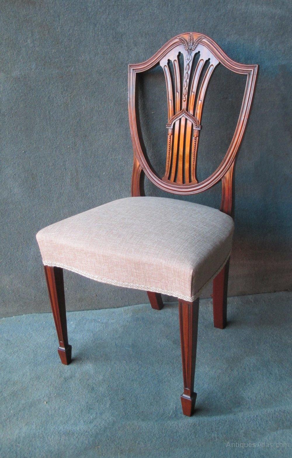 6 2 Mahogany Hepplewhite Style Shield Back Chairs