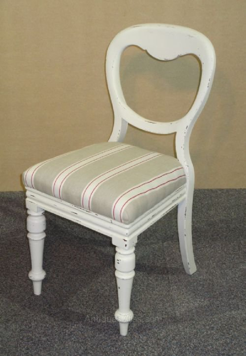 A set of 4 Victorian painted balloon back chairs ... - A Set Of 4 Victorian Painted Balloon Back Chairs - Antiques Atlas