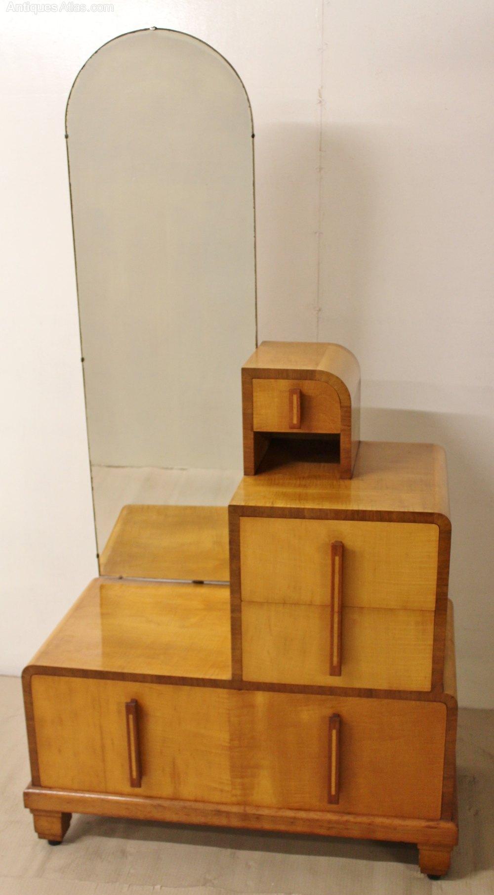 art deco dressing chest antiques atlas. Black Bedroom Furniture Sets. Home Design Ideas
