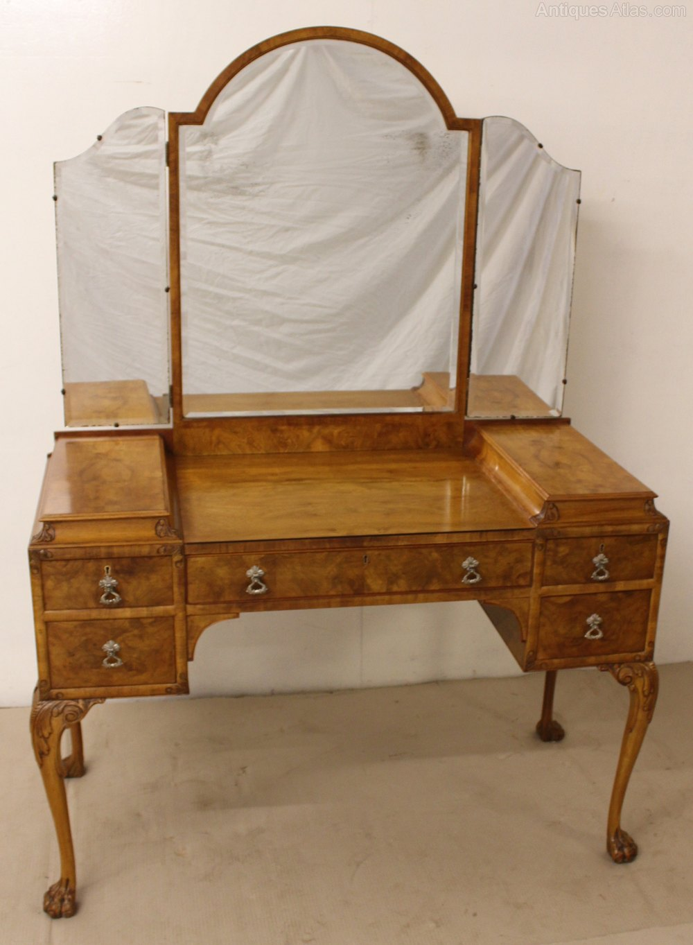 Burr walnut dressing table and matching chair antiques atlas for Walnut dressing table