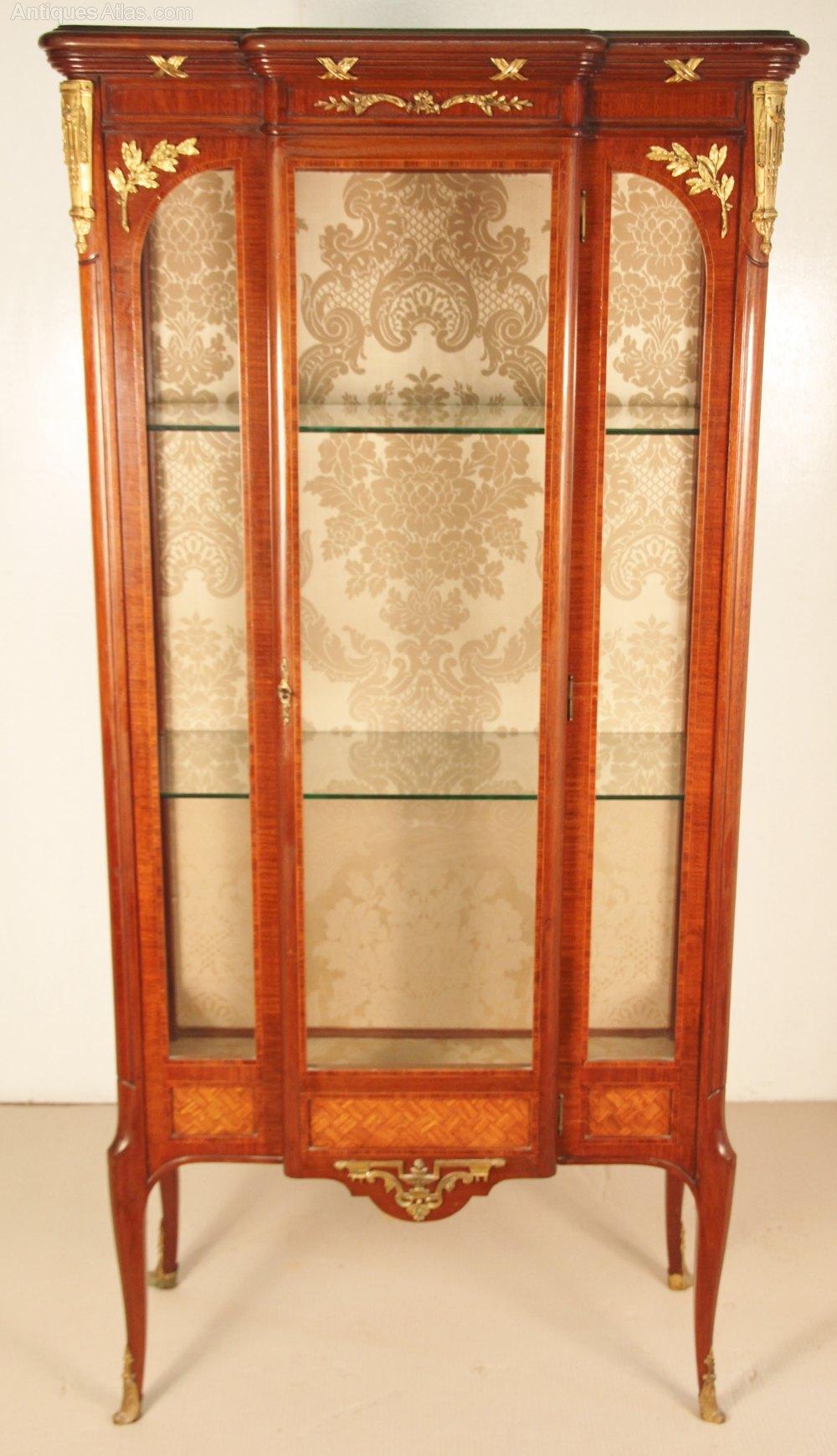 good quality french mahogany vitrine antiques atlas. Black Bedroom Furniture Sets. Home Design Ideas