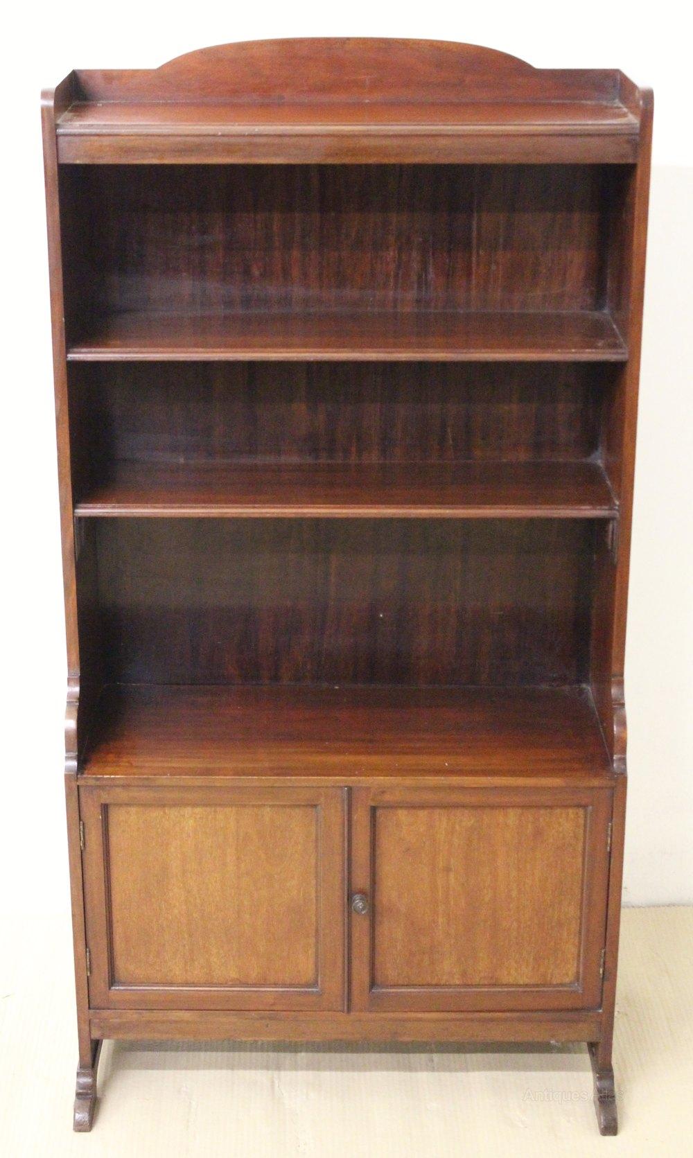 Mahogany Open Bookcase - Antiques Atlas