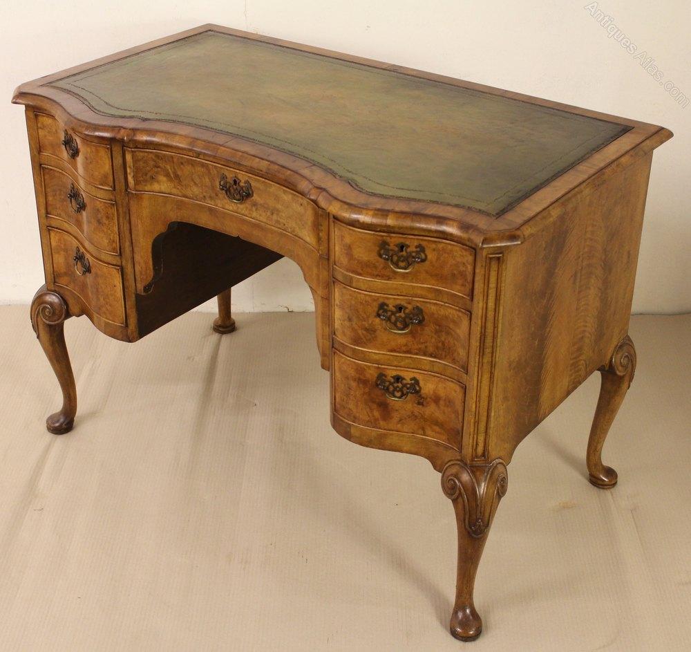 walnut writing desk The finest quality antique desks for sale - bureau, pedestal & partners desks in mahogany, oak & walnut from georgian, victorian & edwardian periods.
