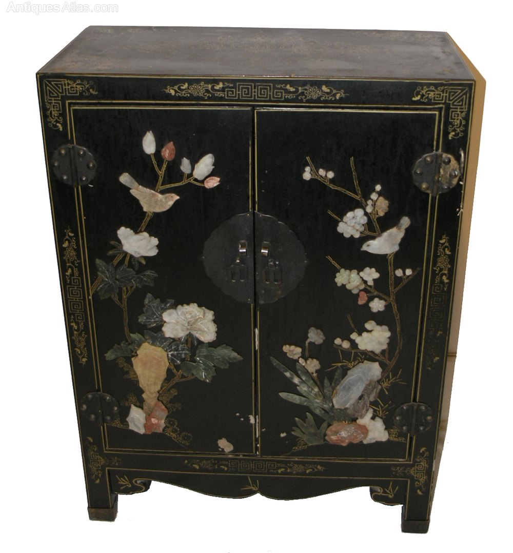 Victorian chinese laquered inlaid cabinet antiques atlas for Antique asian cabinet