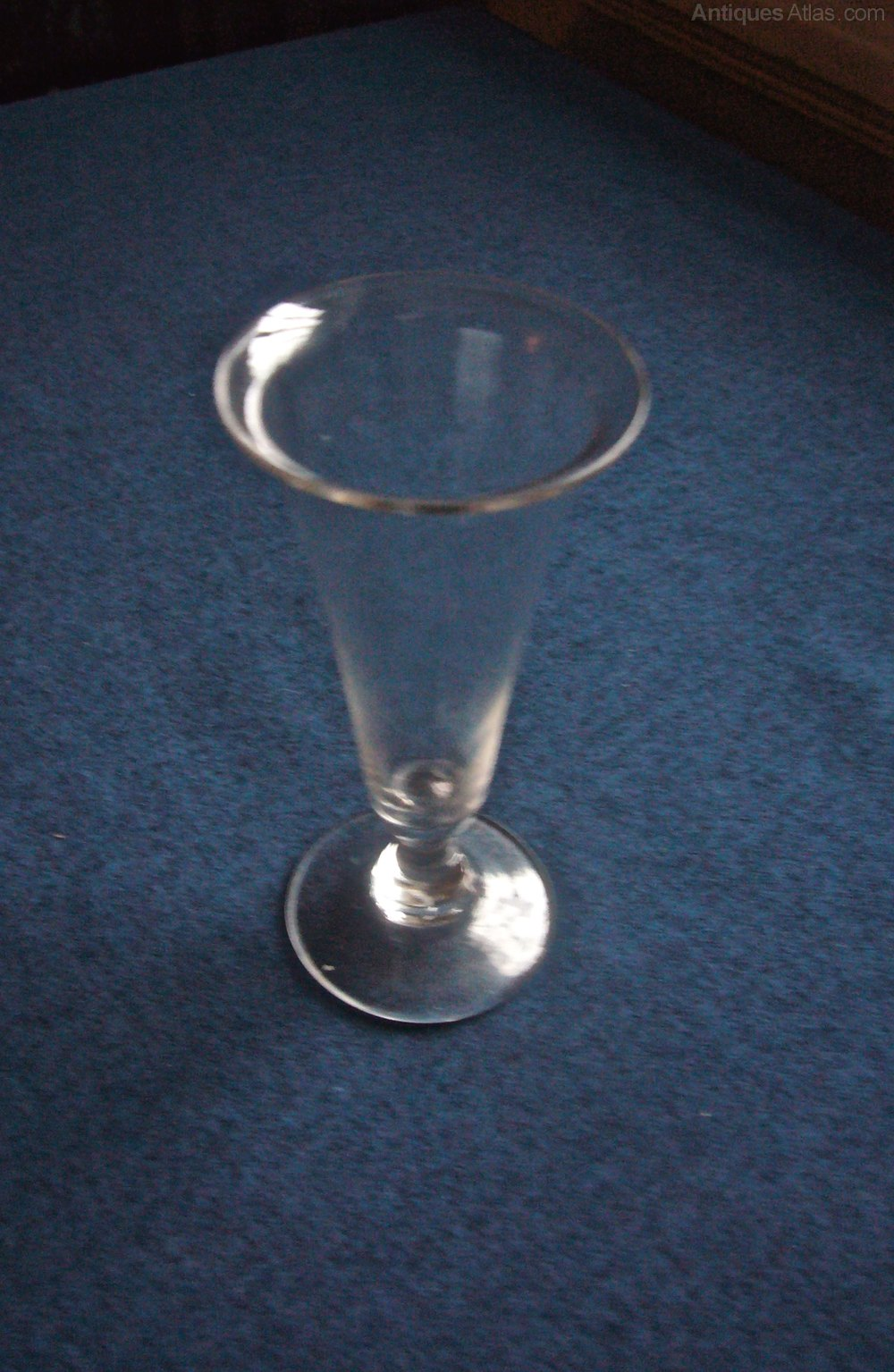 Conical Bowl With Stem Firing Glass