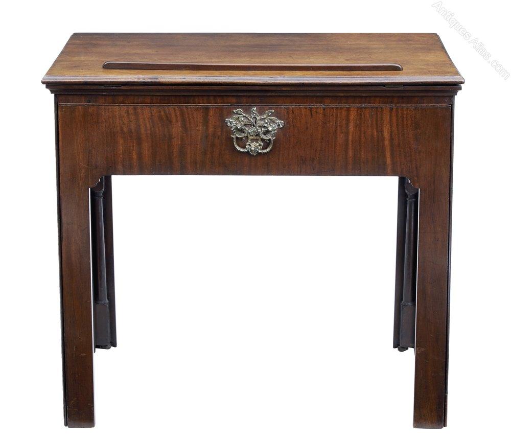 Fine quality georgian mahogany architects desk antiques for Architecte desl definition