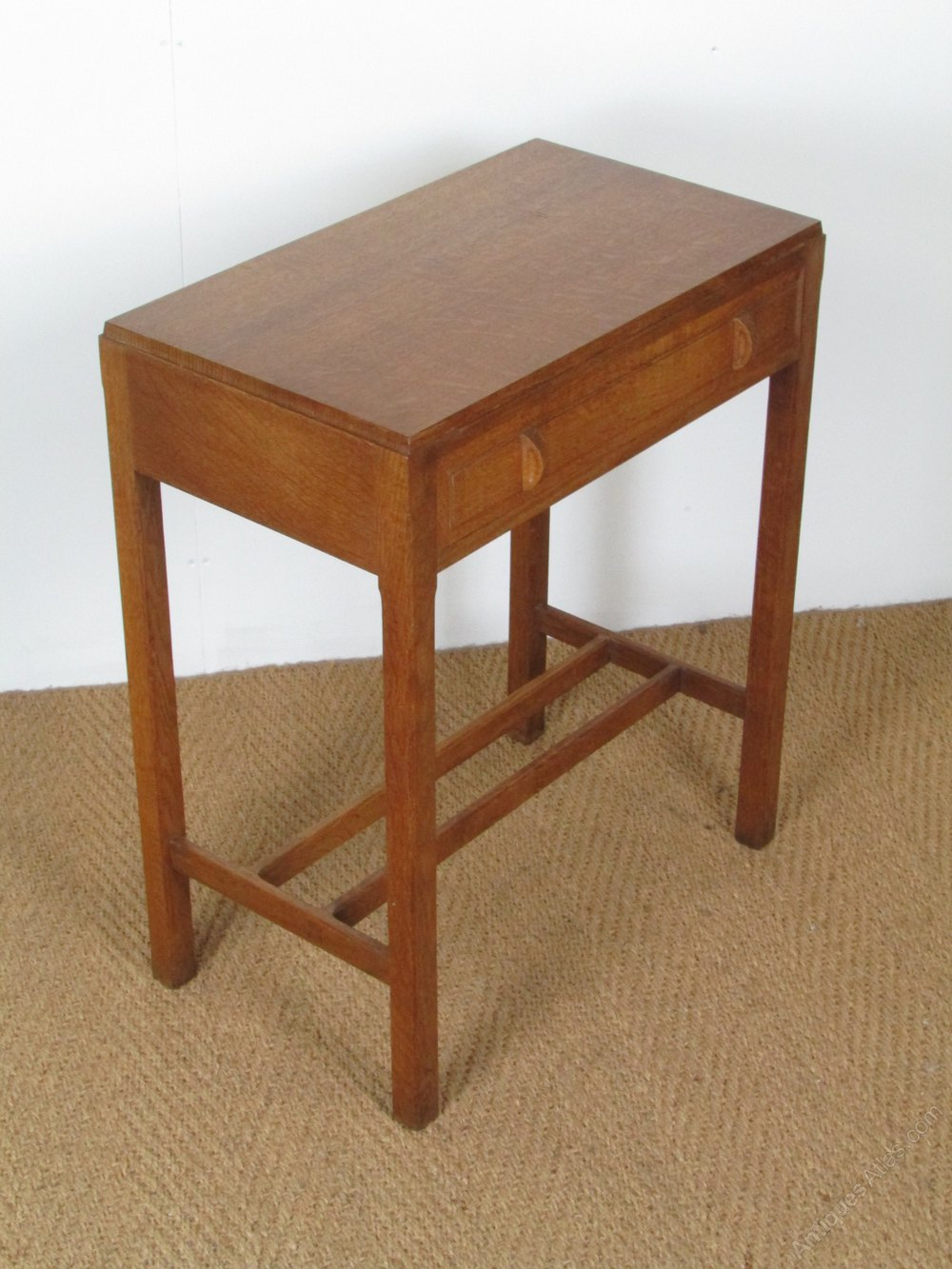 Antiques atlas arts crafts cotswold school oak side table for Arts and crafts side table