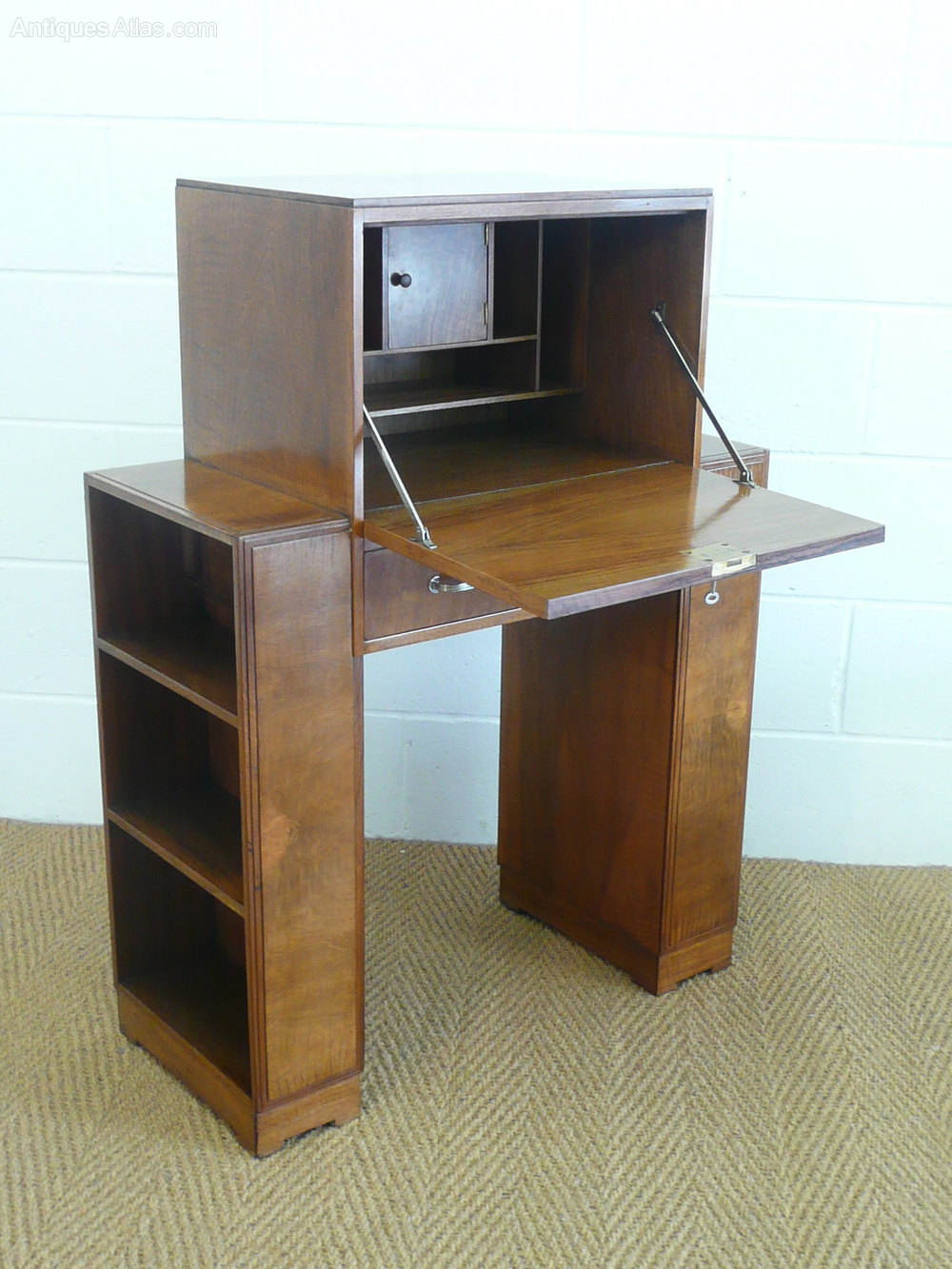 heal 39 s art deco walnut bureau bookcase antiques atlas. Black Bedroom Furniture Sets. Home Design Ideas