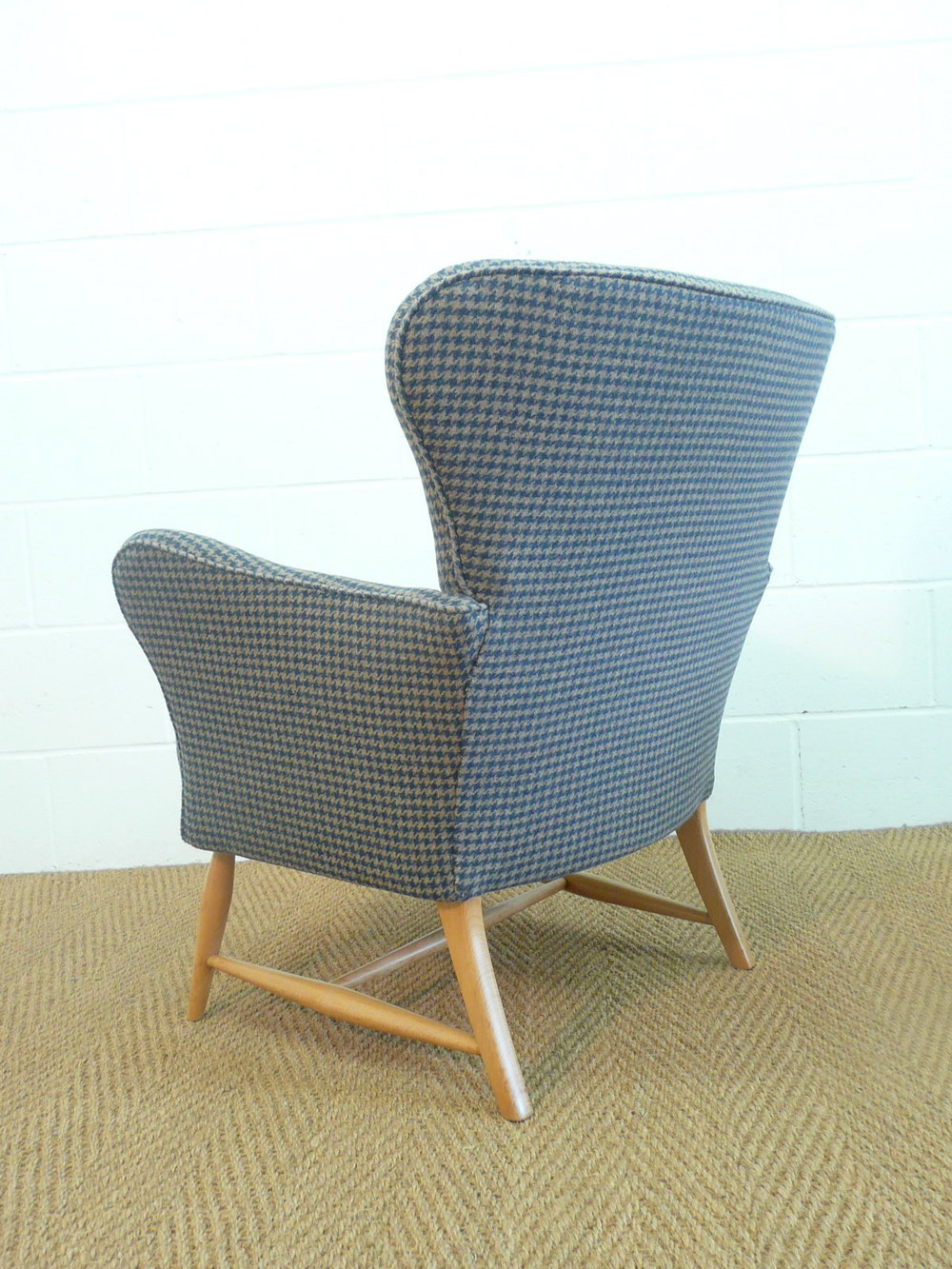 from Allan dating ercol chairs