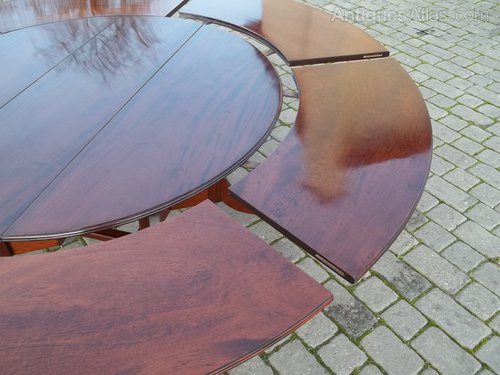 Antique Circular Mahogany Extending Dining Table Antiques Atlas