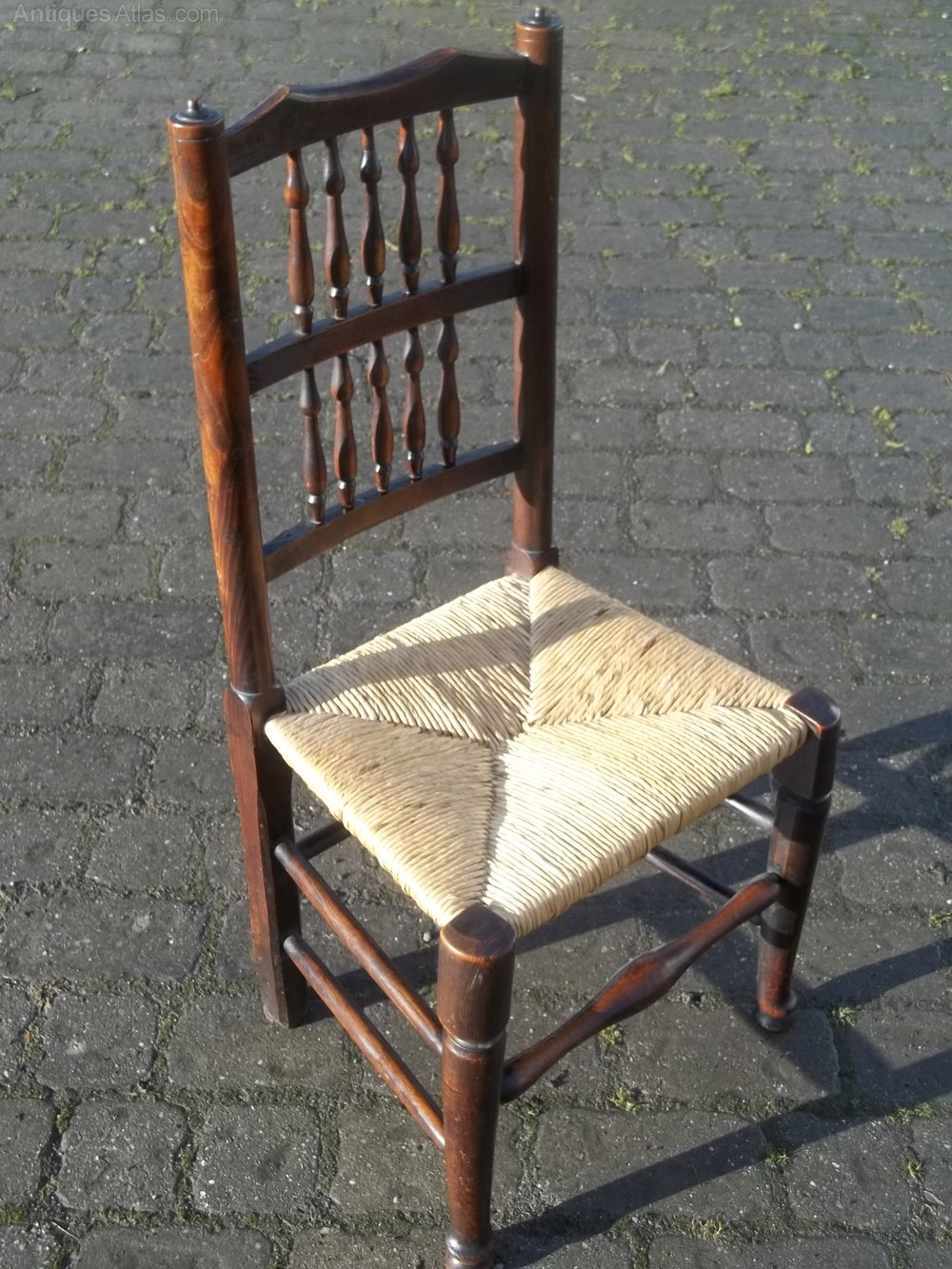 Set Of Eight Lancashire Spindle Back Dining Chairs Antiques Atlas