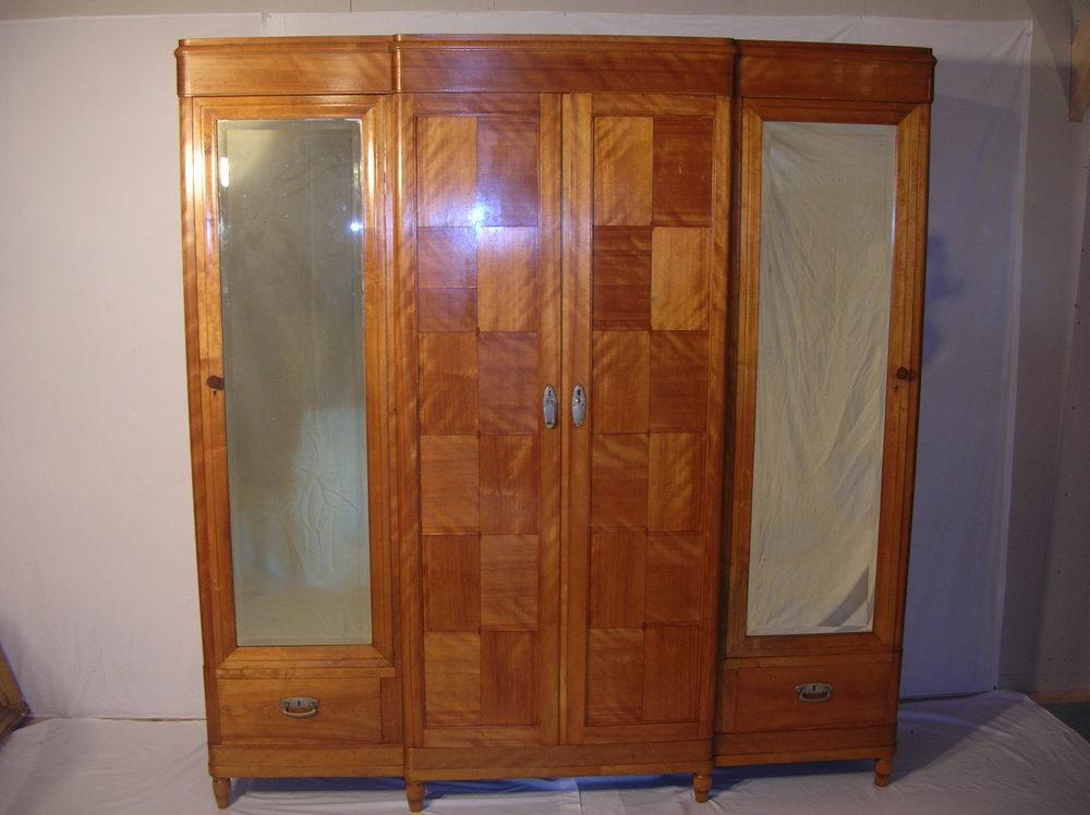 Antique art deco bedroom suite antiques atlas for Vintage bedroom suite