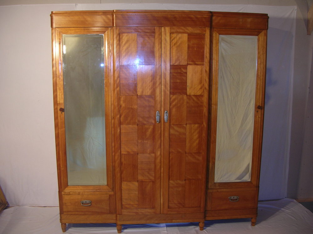 Antique art deco bedroom furniture