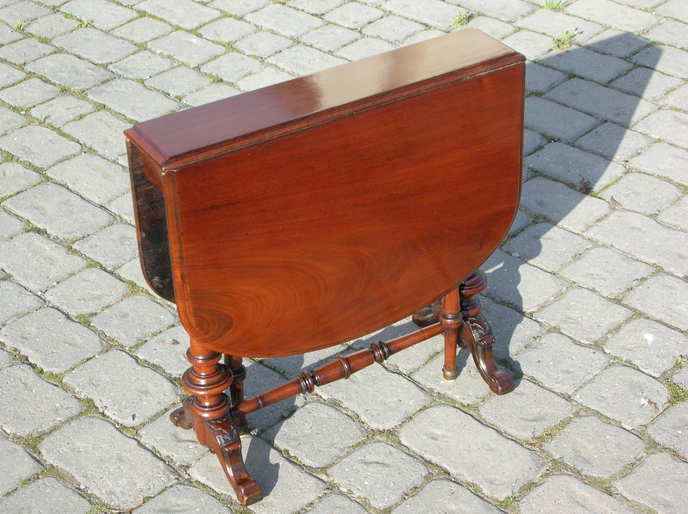 Antique Small Mahogany Coffee Table Antiques Atlas