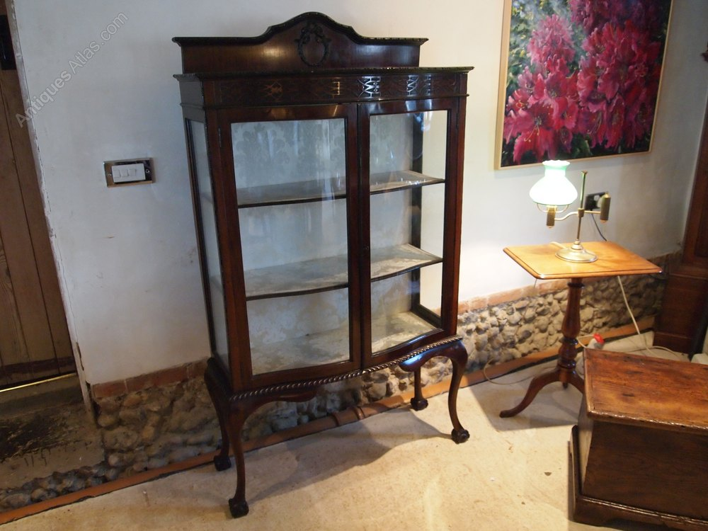 cabinet display victorian mahogany chippendale antiques atlas. Black Bedroom Furniture Sets. Home Design Ideas