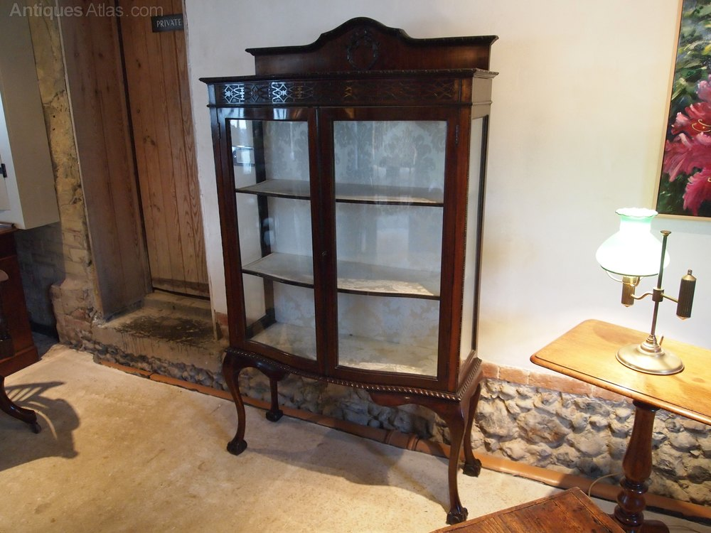 High Quality Cloverleaf Home Interiors Cabinet Display Victorian Mahogany Chippendale  Antiques