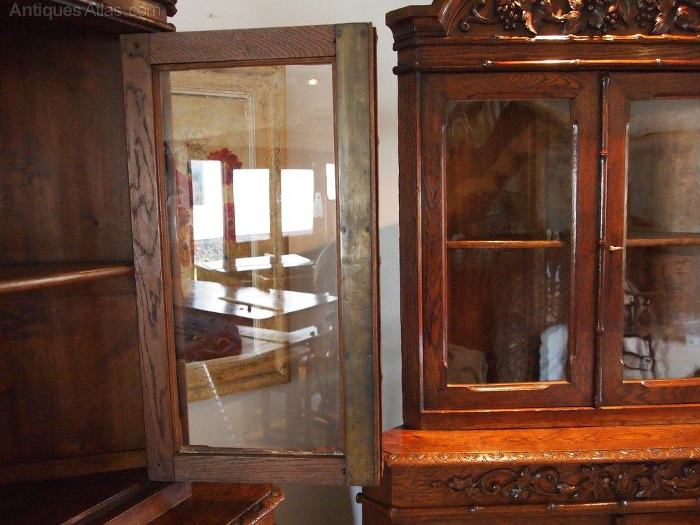 cabinets bookcase display victorian carved oak antiques atlas. Black Bedroom Furniture Sets. Home Design Ideas