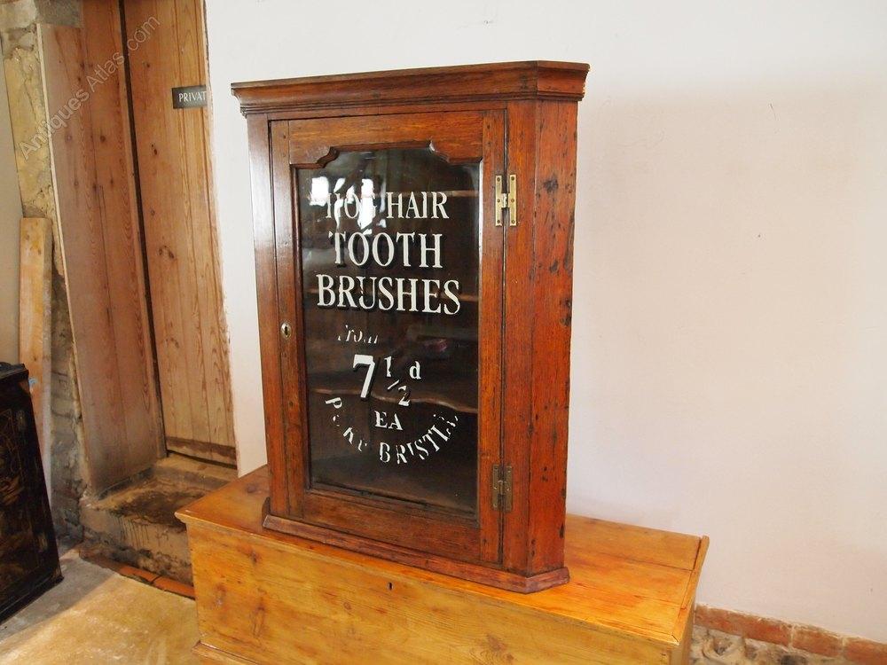 cupboard cabinet george iii oak corner hanging antiques atlas. Black Bedroom Furniture Sets. Home Design Ideas