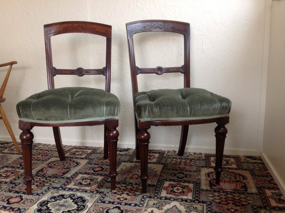 Pair Of Victorian Mahogany Hall Or Bedroom Chairs Antiques Atlas