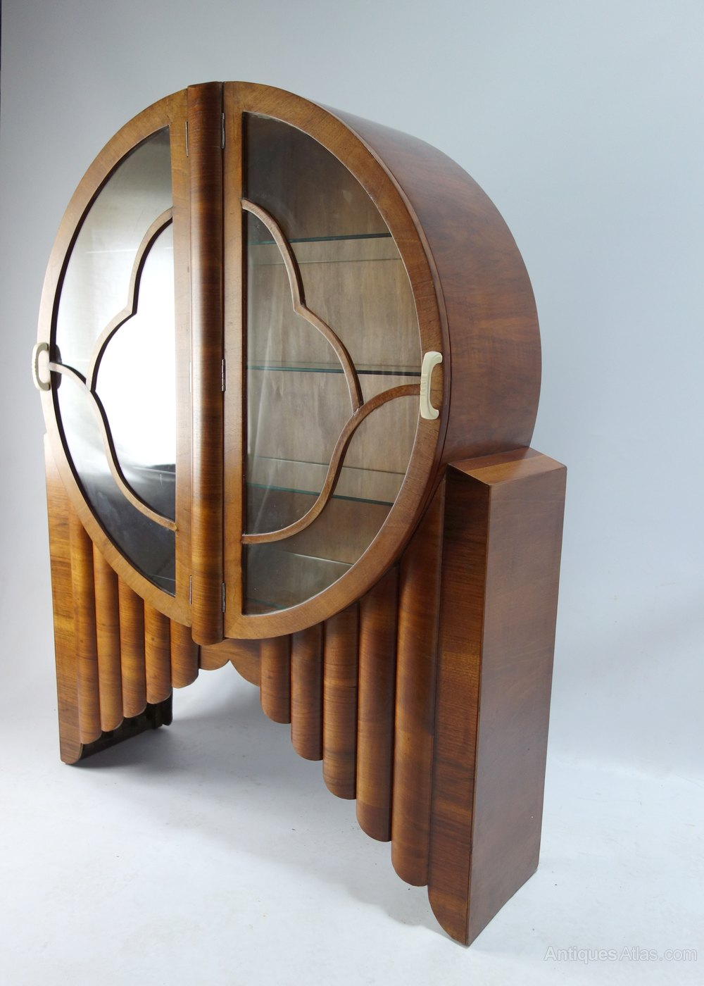 Original Art Deco Rocket Circular Display Cabinet - Antiques Atlas