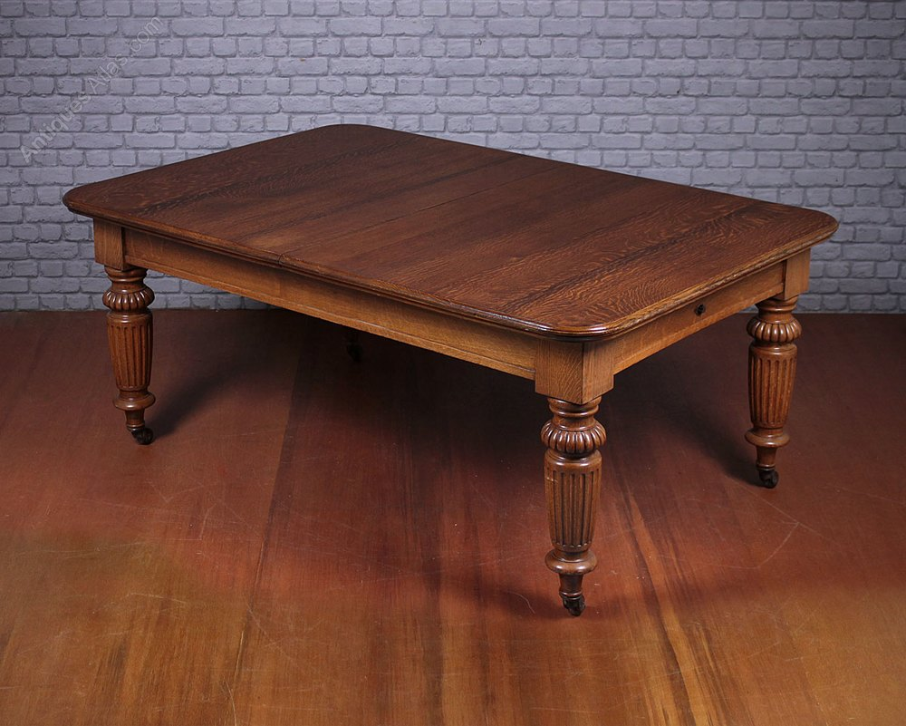 10 seater extending oak dining table antiques atlas for 10 seater dining table dimensions
