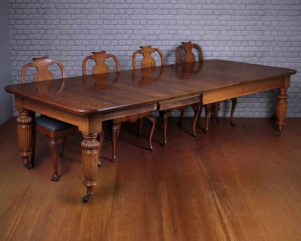 10 seater extending oak dining table antiques atlas for 10 seater dinning table