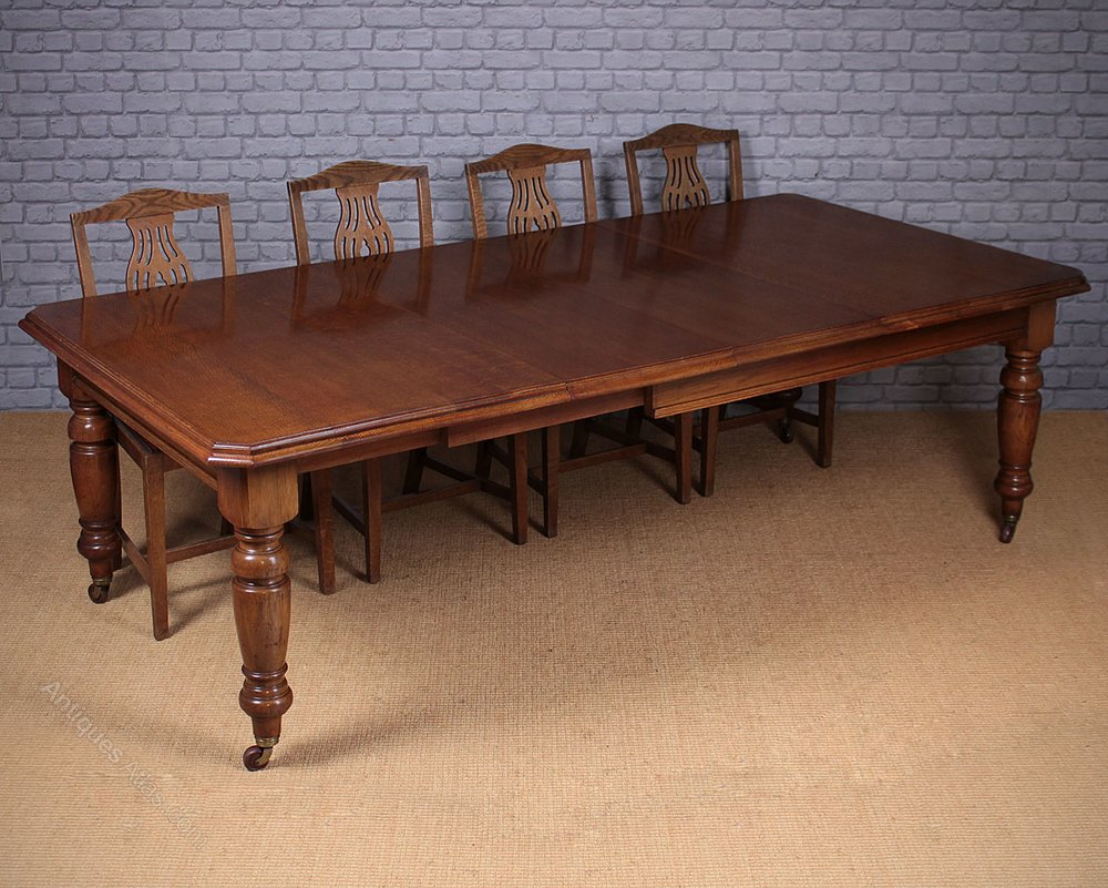 10 seater extending oak dininig table antiques atlas for 10 seater table