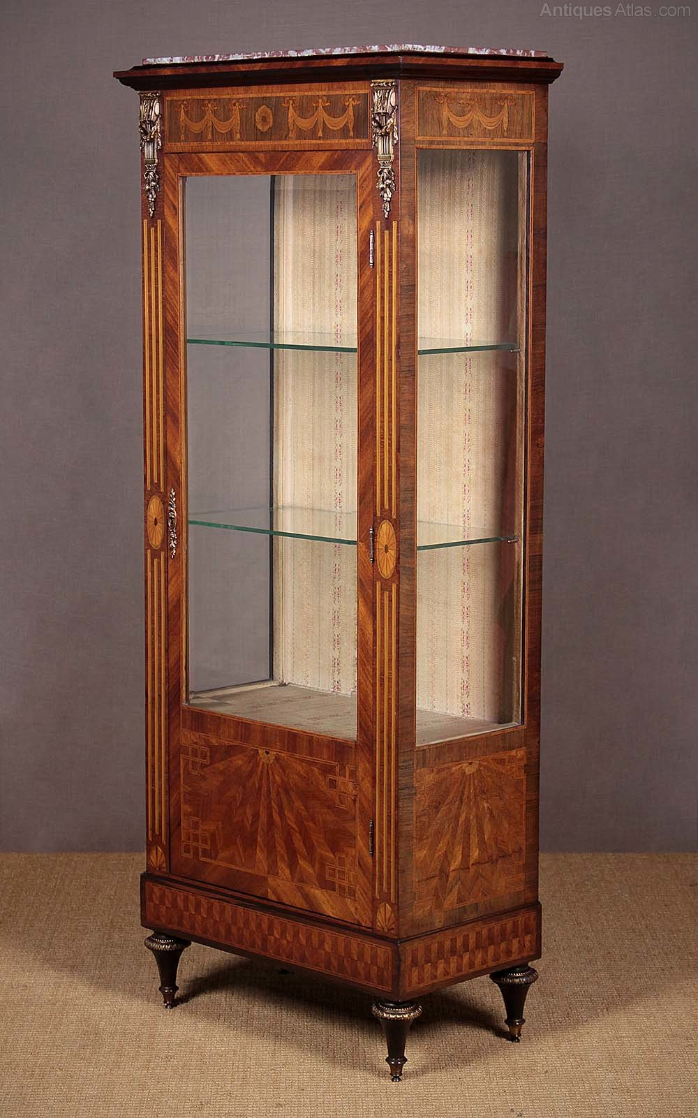20th c french display cabinet vitrine antiques for Sideboard vitrine