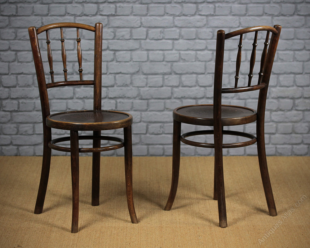 4 Bentwood Cafe Chairs Antiques Atlas