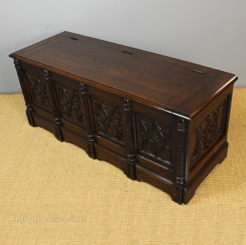 Gothic Oak Bedding Box Or Coffee Table Antiques Atlas