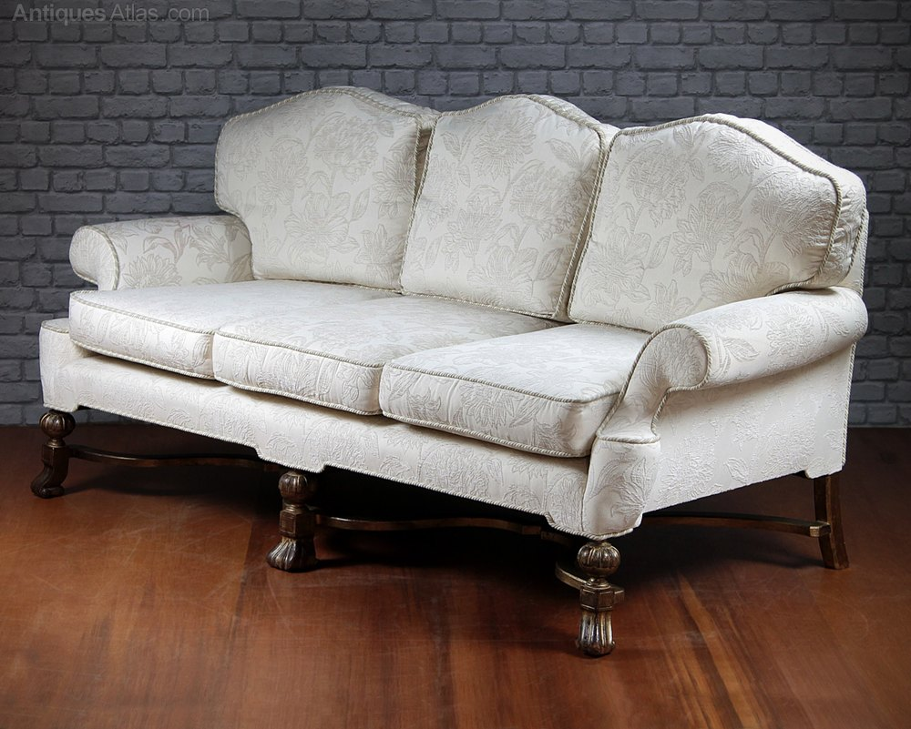 Queen Anne Style Sofa High Point Furniture Nc Queen Anne Thesofa