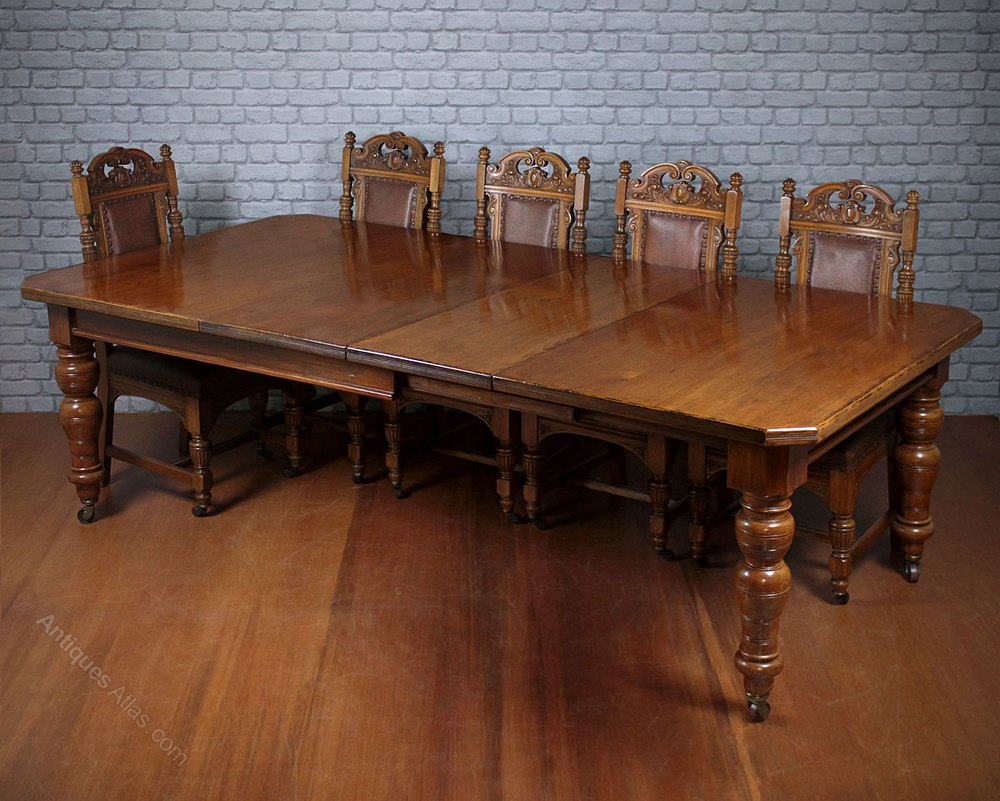 10 seat pine oak extending dining table