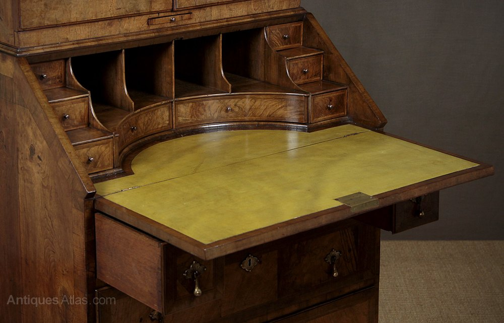 queen anne style bureau bookcase antiques atlas. Black Bedroom Furniture Sets. Home Design Ideas