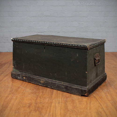 Seaman s chest antiques atlas for Seamans furniture