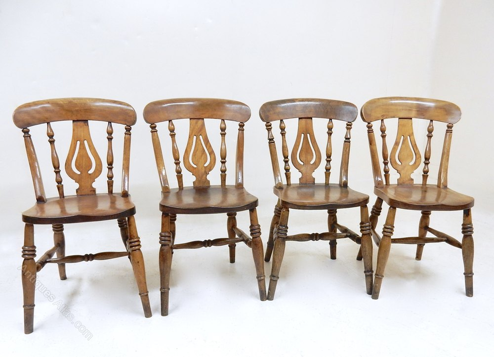 4 Windsor Dining Chairs Antiques Atlas
