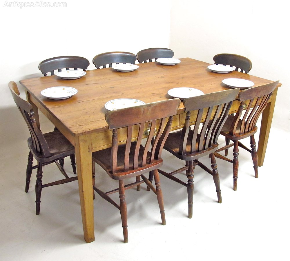 Large pine table antiques atlas for Large kitchen table