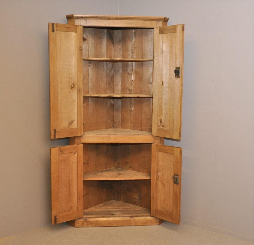 Pine Corner Cupboard - P2959 Antique Cupboards - Pine Corner Cupboard - P2959 - Antiques Atlas