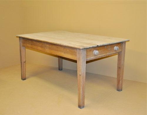 pine kitchen table r3411 antiques atlas