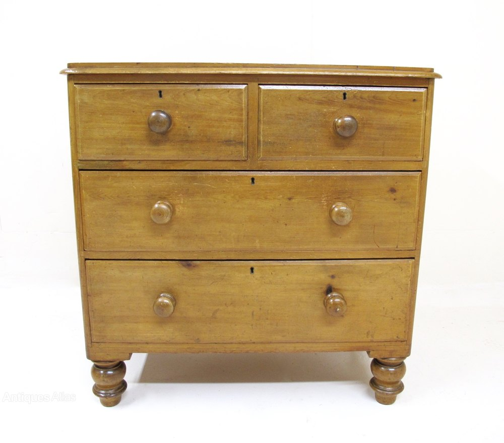 Small Pine Chest Of Drawers Antiques Atlas