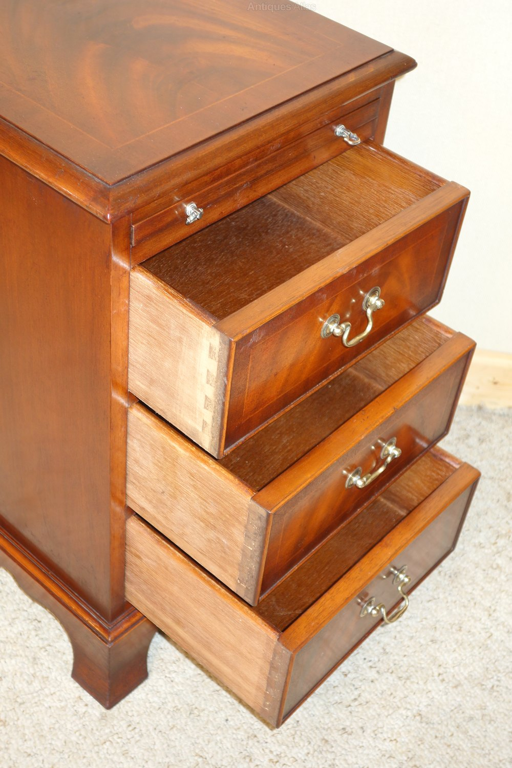 Antiques atlas pair of mahogany bedside chest of drawers for Small bedside chest of drawers