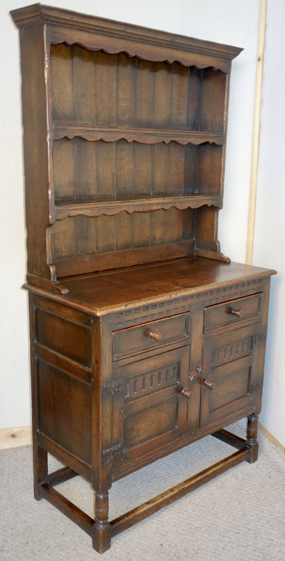 Small Distressed Ipswich Oak Dresser Antiques Atlas