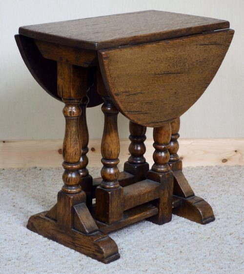 Small Distressed Oak Gateleg Coffee Table Antiques Atlas
