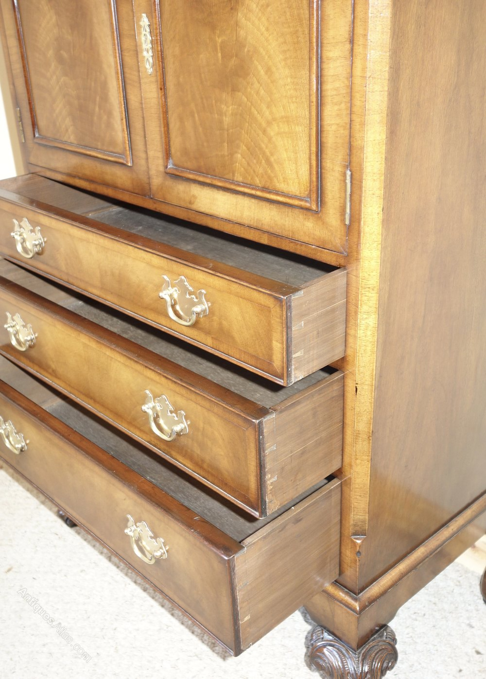 walnut tallboy chest of drawers by maple antiques atlas. Black Bedroom Furniture Sets. Home Design Ideas