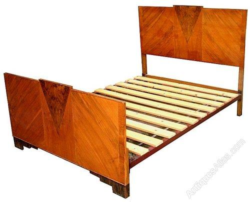 Art deco geometric double bed antiques atlas - Deco volwassen bed ...