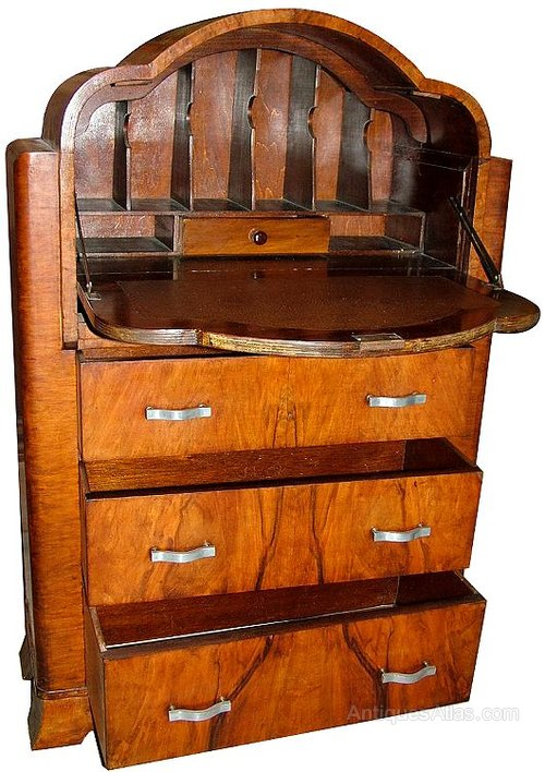 Superb art deco cloud walnut bureau antiques atlas for Deco bureau