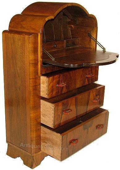 superb art deco cloud walnut bureau antiques atlas. Black Bedroom Furniture Sets. Home Design Ideas