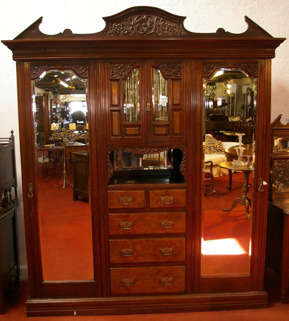 Art Nouveau Walnut 3 Piece Bedroom Suite: Edwardian Three Piece Bedroom Suite