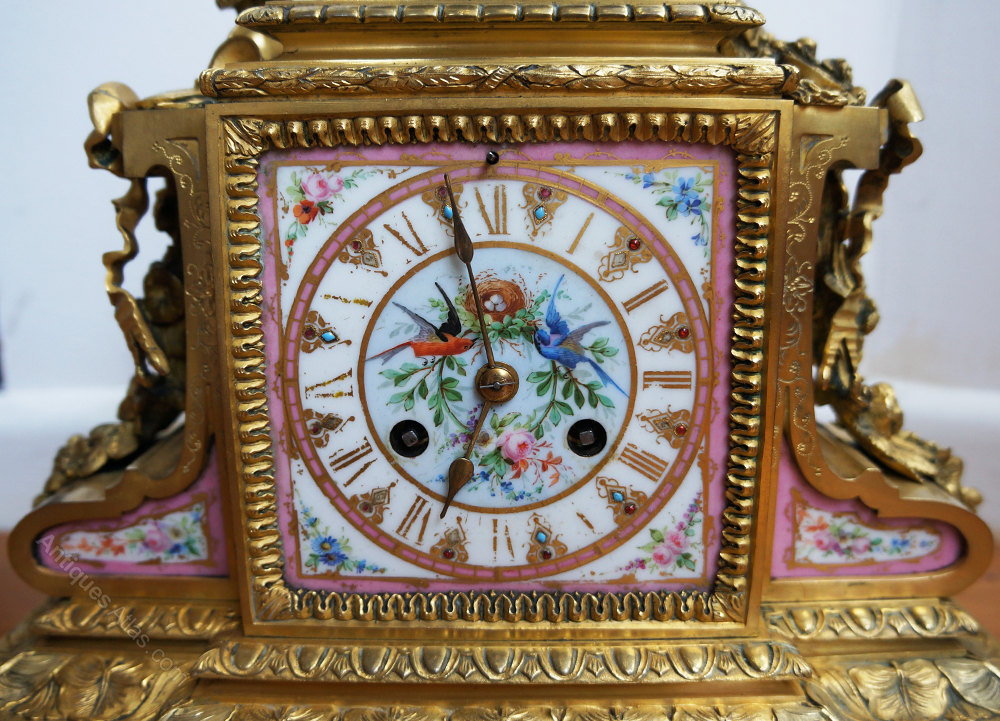 Antiques Atlas - French Ormolu Mantle Clock